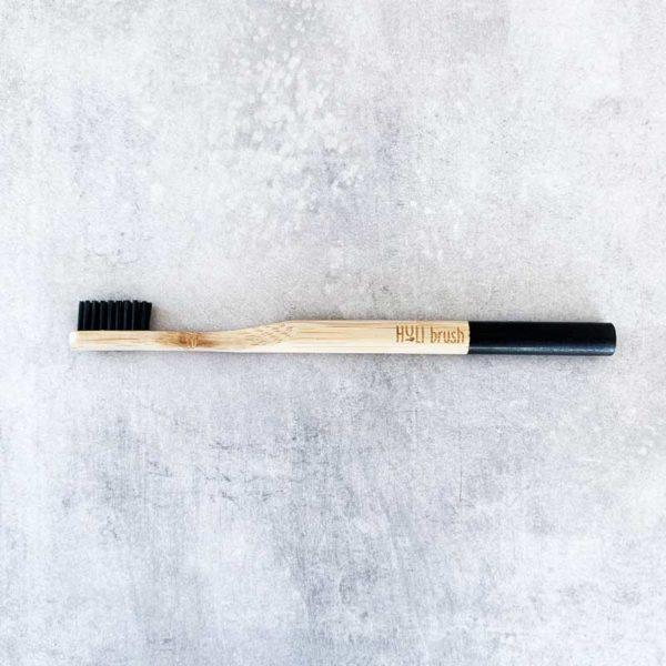 Bamboo_Toothbrush_eco_friendly_brosse_a_dents_en_bambou_bambusowa_szczoteczka_do_zebow_zero_waste_zero_dechet_medium_black_1