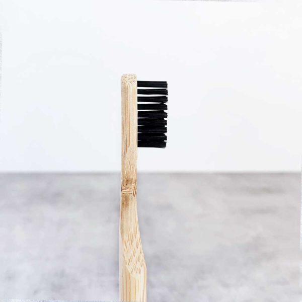 Bamboo_Toothbrush_eco_friendly_brosse_a_dents_en_bambou_bambusowa_szczoteczka_do_zebow_zero_waste_zero_dechet_medium_black_2