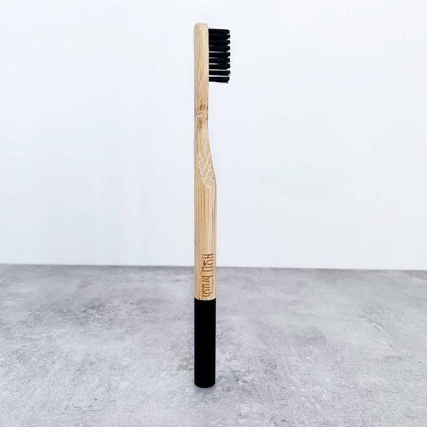 Bamboo_Toothbrush_eco_friendly_brosse_a_dents_en_bambou_bambusowa_szczoteczka_do_zebow_zero_waste_zero_dechet_medium_black_3